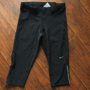 Nike dri-fit running Capri pants